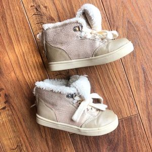 Circo Size 9 toddler boots